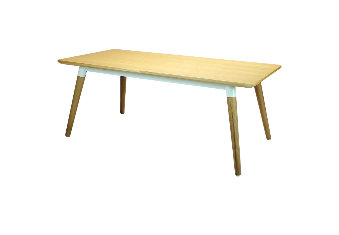 BOÖTH COFFEE TABLE