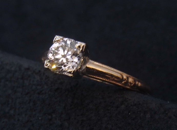 Timeless 1940s Solitaire Engagement Ring of the Week