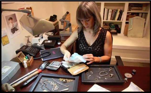 Elizabeth Doyle of Doyle & Doyle antique jewelry