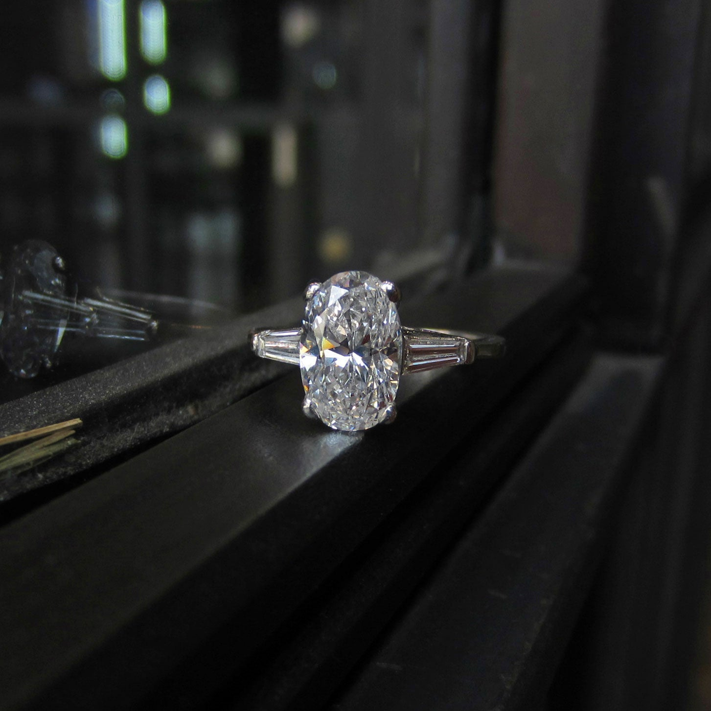 Vintage Engagement Ring, Oval 2.18ct