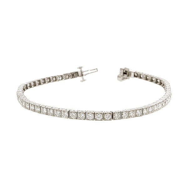 Straight-line Diamond Tennis Bracelet
