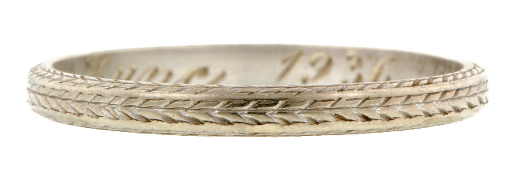 Vintage Patterned Wedding Band:: Doyle & Doyle