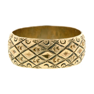 Antique Patterned Wedding Band::Doyle & Doyle