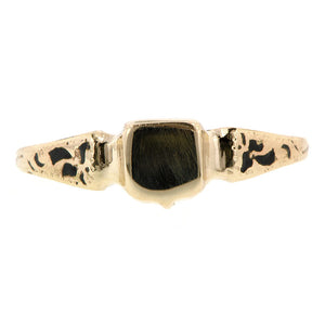 Shield Center Small Signet Ring:: Doyle & Doyle