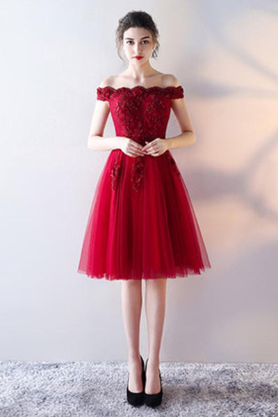 Red Sleeveless Lace Fashion Homecoming Dress With Appliques-NBAdress