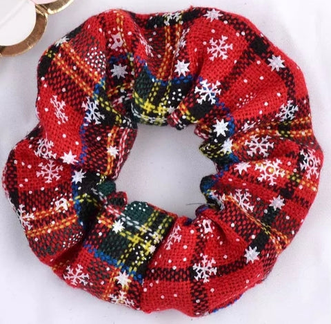 Traditional christmas scrunchie - red