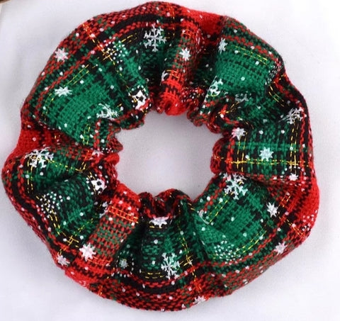 Traditional christmas scrunchie - green