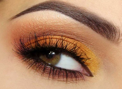 If you have hazel eyes instead of dark brown, wearing gold eyeshadow can bring out the yellow tint in your eyes. For this fact, gold isn't my favorite color ...