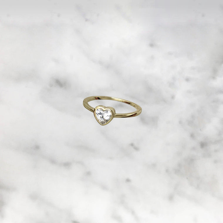 'GLOWY HEART' Ring in Gold