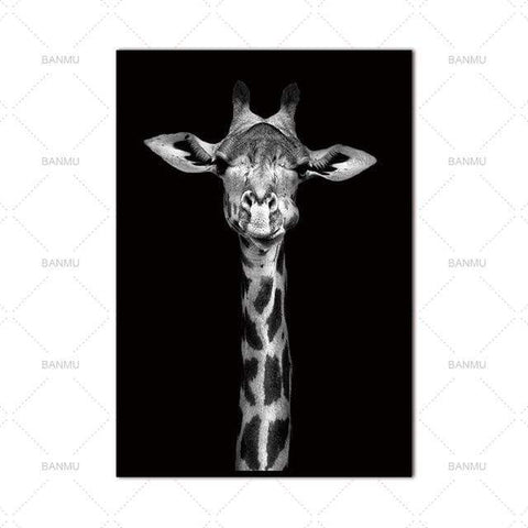 Curious Giraffe - Print on Canvas - HomeWareBargains