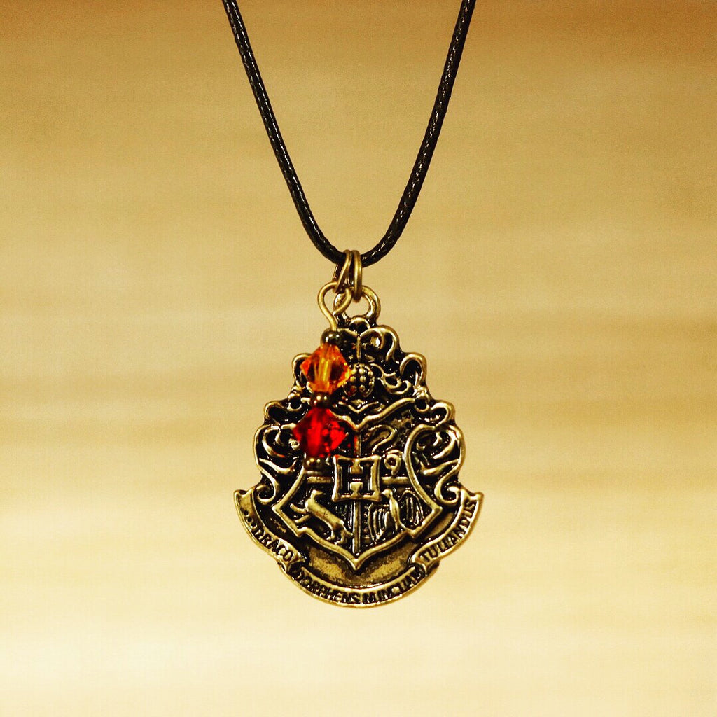 Hogwarts Crest Adjustable Necklace - Gryffindor