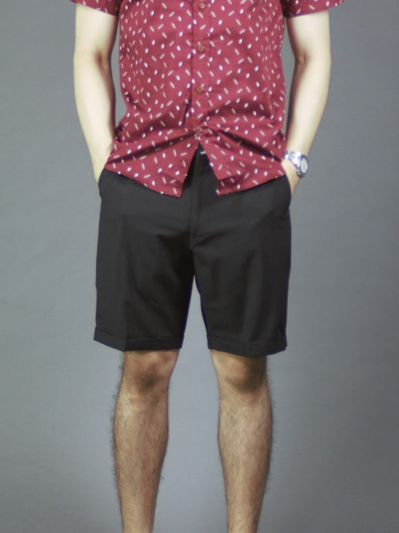 Slim fit chino shorts in (Black) 514
