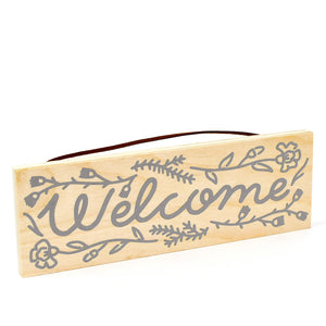 Pine Plank Welcome Sign