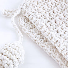 Knitted Ivory Pot Holder