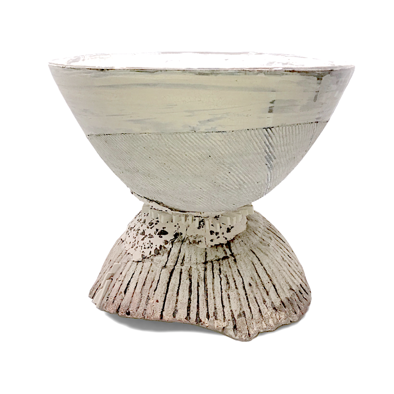 Hourglass Vessel with Porcelain Shards / Ani Kasten