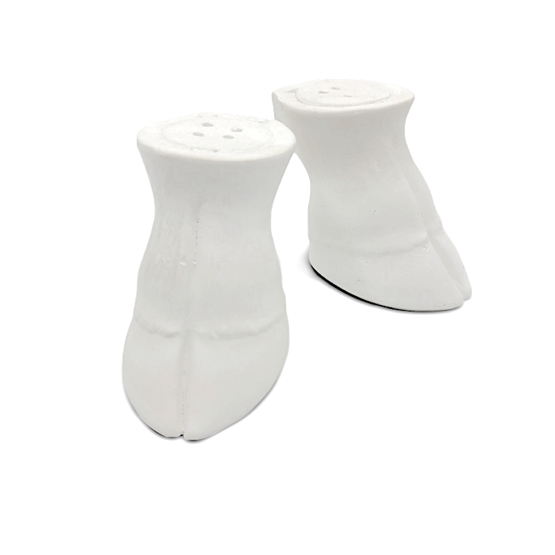 Salt & Pepper Shakers / Laura De Angelis