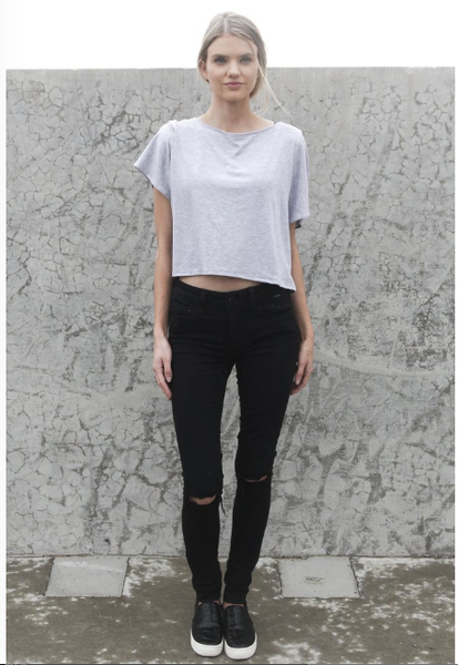 minimalist clothing