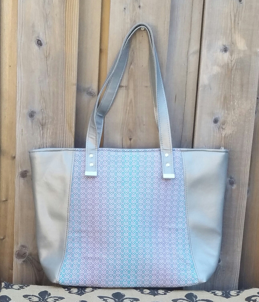 Eve Tote