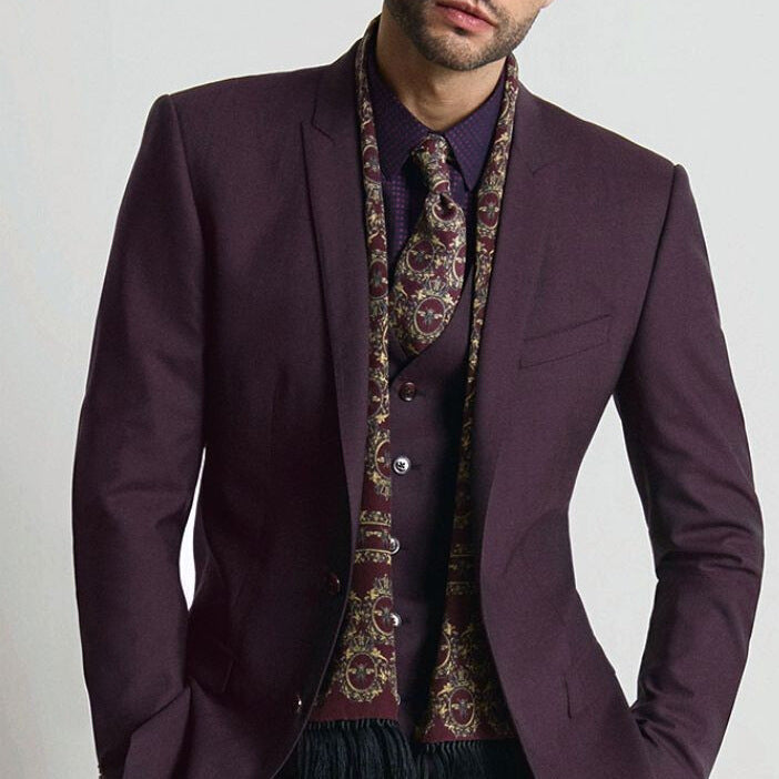 15 Dashing Suit Outfit Ideas For Men
