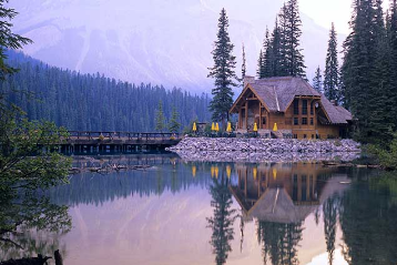 Emerald lake honeymoon destination