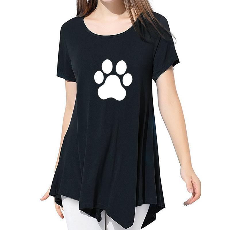 cutecatslovers Beautiful Cat Paw T-Shirt is a must have if you Love Cats