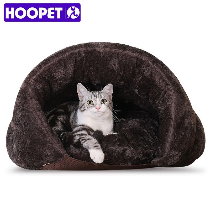 cutecatslovers Warm Cat Sleeping Bag is a beautiful resting place for your favorite Cat