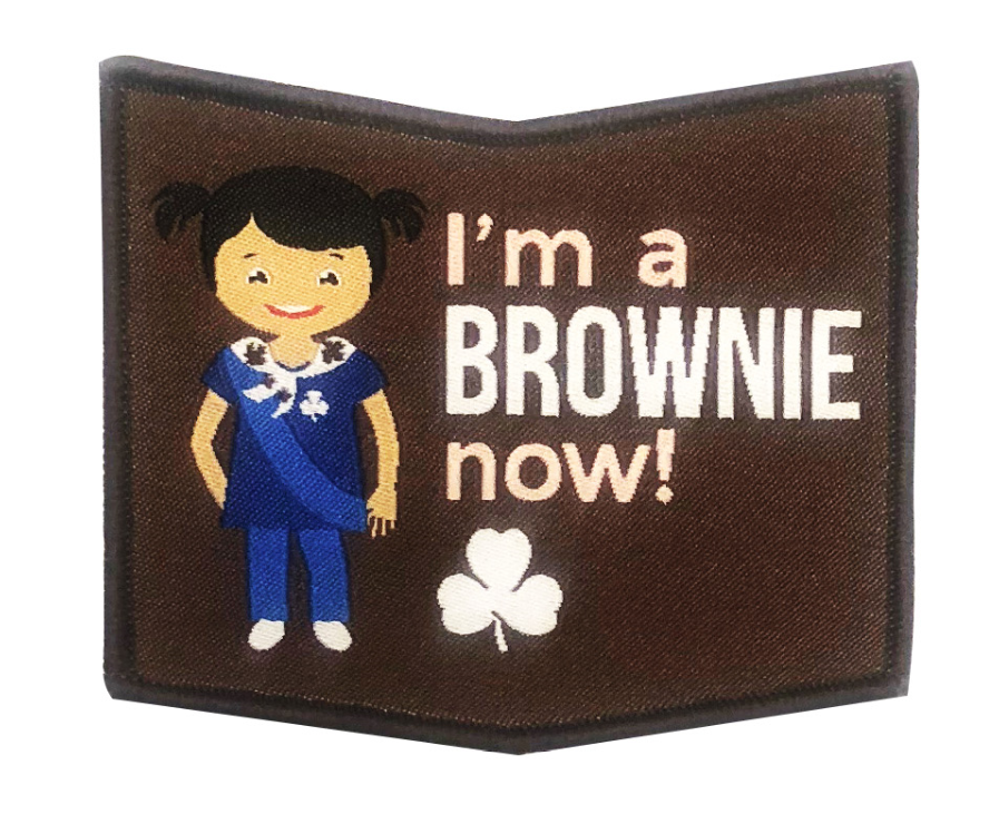 I'M A  BROWNIE NOW CREST