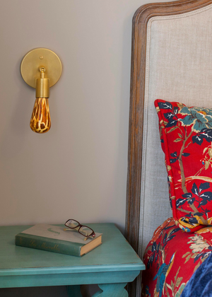 Giraffe printed light bulb provides bedroom lighting