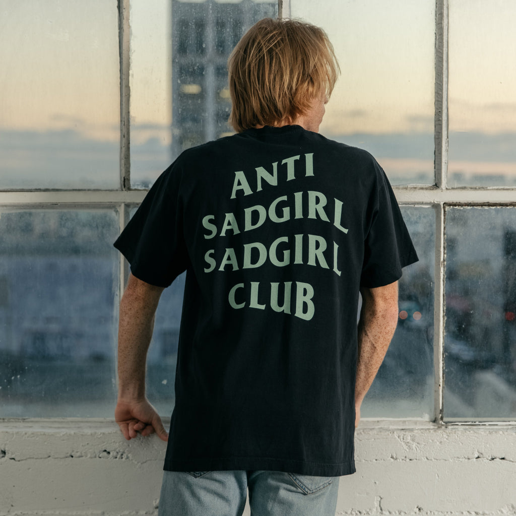 Anti Sadgirl Oversized Tee / Black