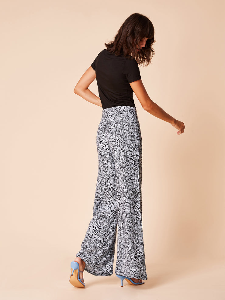 She Is Rebel - Frida High Waist Blue Snake Print Wide Leg Pants & Black Tencel Logo Tshirt - Shop Stylish Sustainable Women's Pants