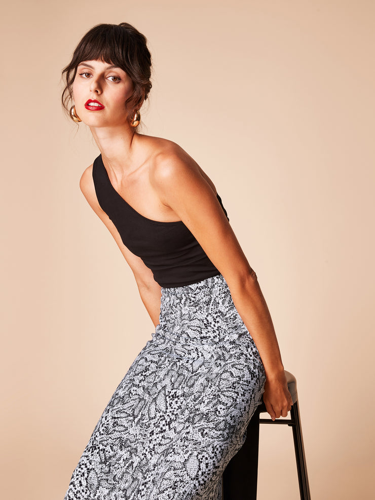 She Is Rebel - Virginia Midi Blue Snake Print Skirt & Wangari Black One Shoulder Organic Cotton Top - Shop Stylish Sustainable Women's Skirts