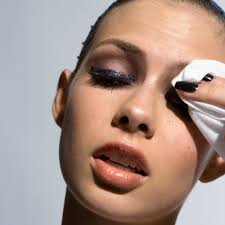What to Do After Sleeping In Your Make Up.