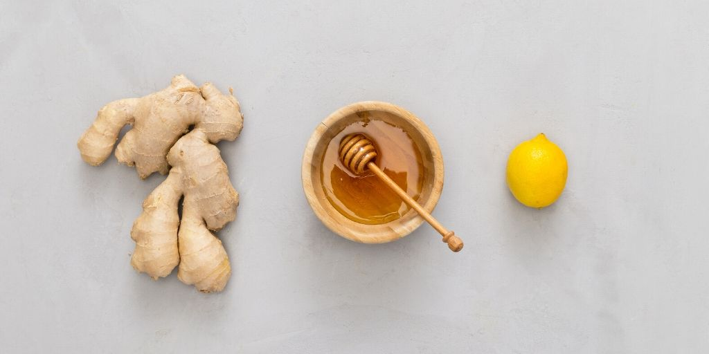 honey lemon ginger flatlay