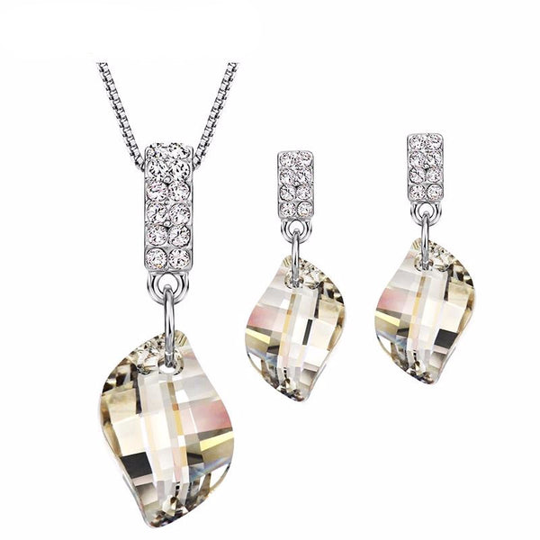 Crystal & Rhinestone Necklace and Earrings Jewelry Set