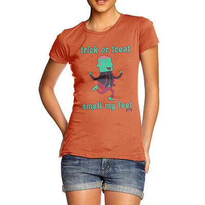 Women's Trick Or Treat Smell My Feet T-Shirt