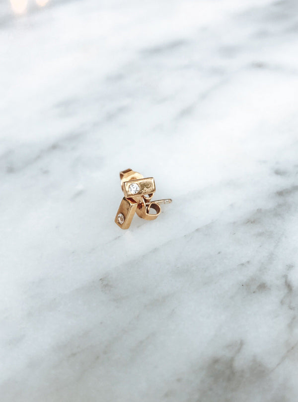 Gold Bar Studs With Clear Quartz - TheCrystalBoutique™