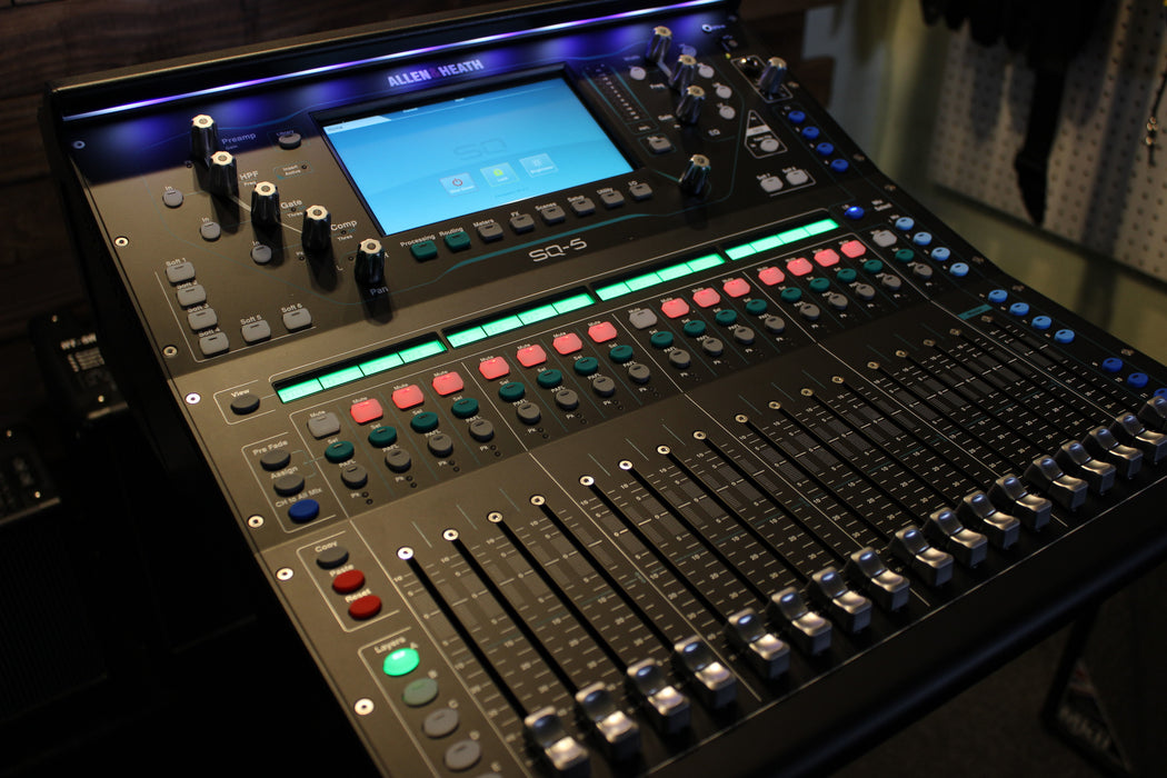 Allen & Heath  AH-SQ-5 Digital Mixer - 96kHz XCVI FPGA processing, 48 Input Channels ****CURRENTLY IN STOCK**** (Email for D.O'B. Sound Pro Price)