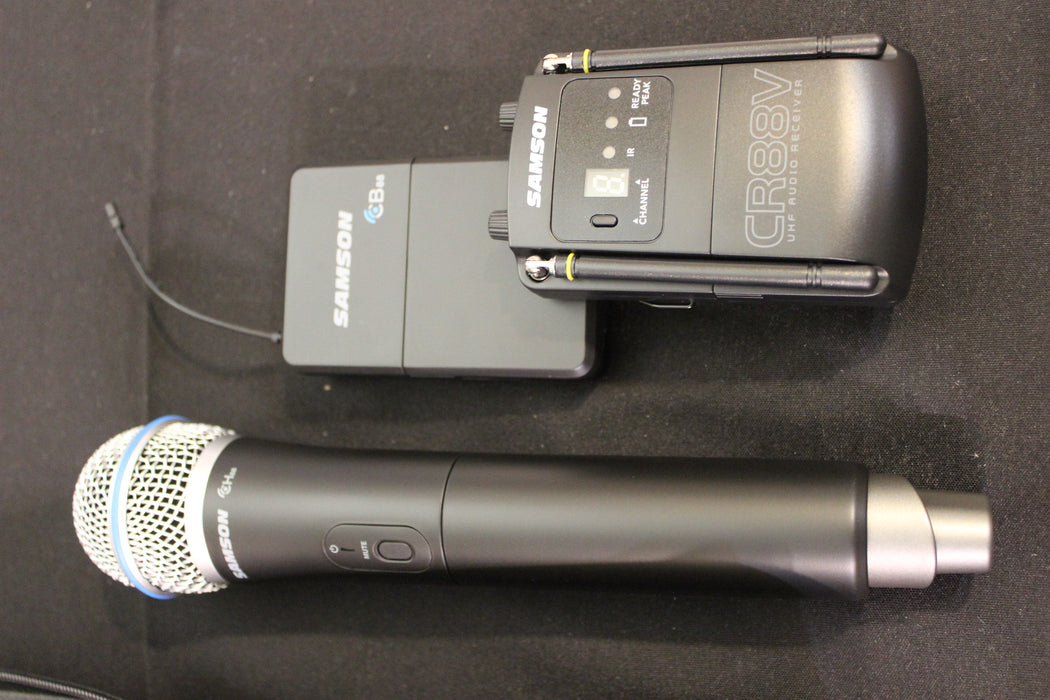 Samson Concert 88 Camera Combo System (D Band) with Q8 Handheld Microphone and LM10 lavalier Microphone (CR88V/CB88