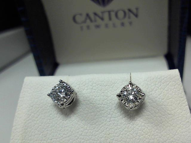 LADIES DIAMOND EARRIND