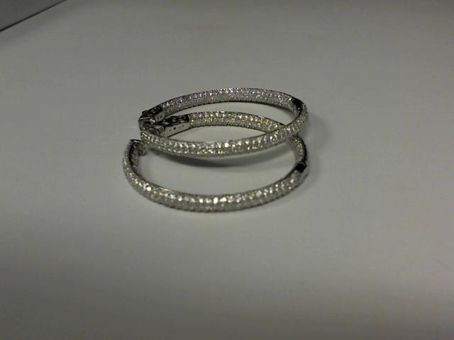 LADIES DIAMOND HOOP EARRING