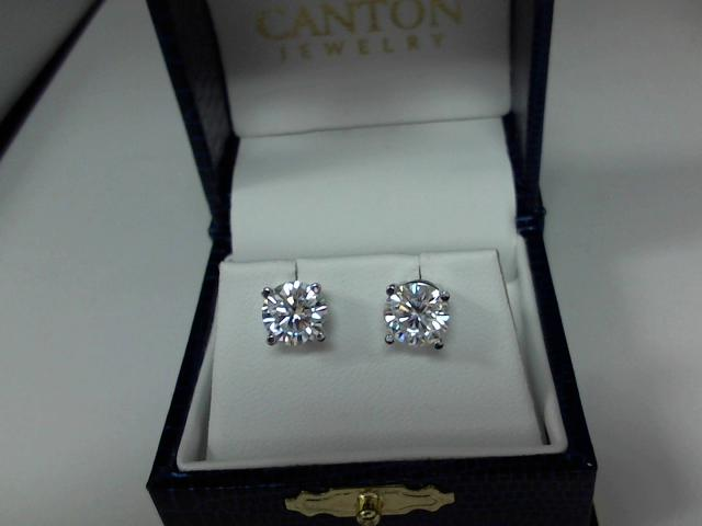 LADIES MOISSANITE EARRING