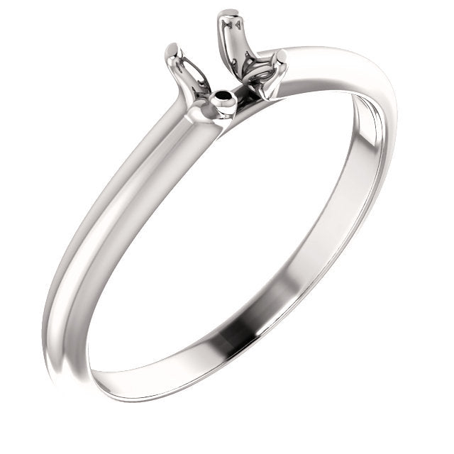 18K White 4.1 mm Round Solitaire Engagement Ring Mounting* Quote does not include cost of center stone. *Prices are based on a standard melee diamond quality SI2-SI3, G-H. Exact pricing may be subject to change based on size, please contact an Ever&E