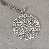 Round lattice charm necklace