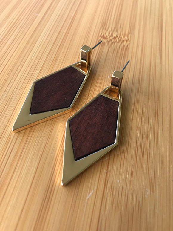 Gold diamond shape with wooden insert
