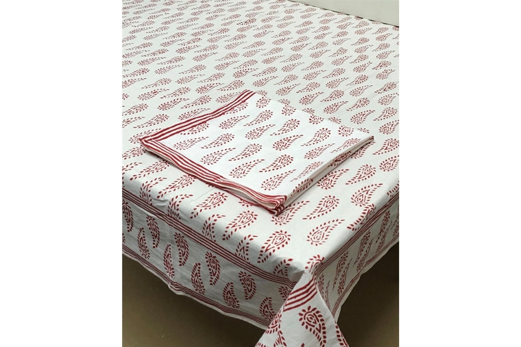 Abbey Paisley Red Tablecloth