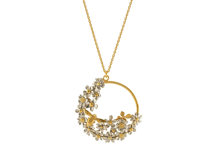 Alex Monroe: Posy Bee Loop Necklace