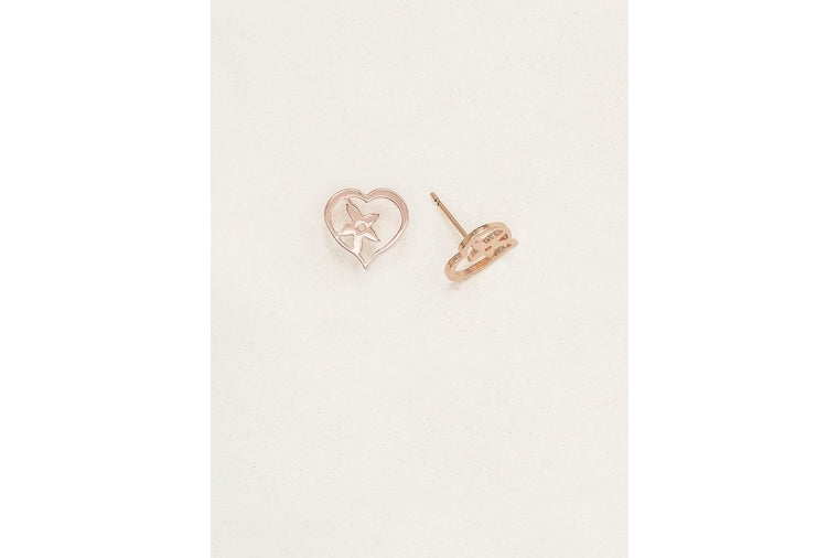 Holly Yashi: True Love Post Earrings