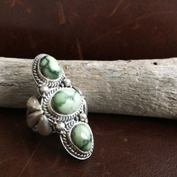 Simple 3-Stone Sterling Silver Light Green Demele Turquoise Ring Size 7