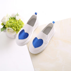 Girls flat Casual Leather Shoes with Heart Pattern