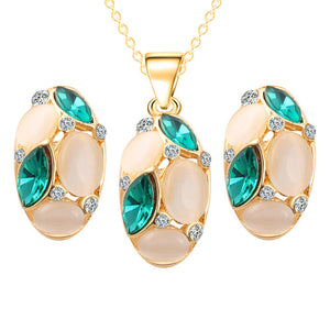 Classic Ruili Crystal Necklace Earrings Oval Shape Design.
